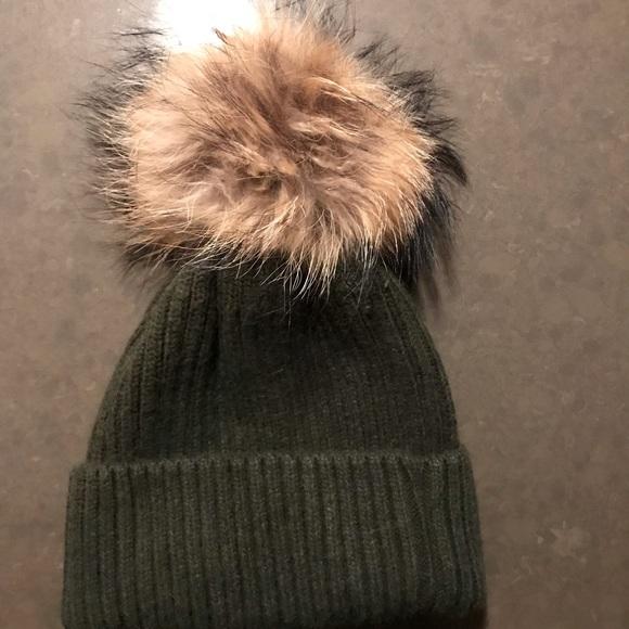 a9abe827601af Linda Richards Accessories - Linda Richards Ribbed Knit Fur Pom Pom Hat